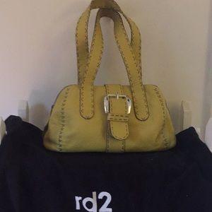 rd2 handbag in a cute yellow color